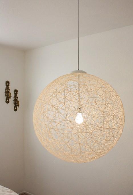 Winter Decor DIYs: String globe lamp