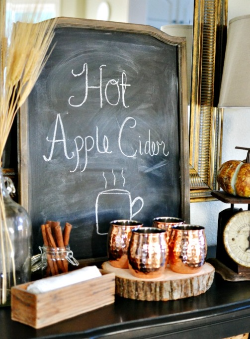 Easy Fall Decor DIYs: A warm apple cider bar will be the most popular spot in your home