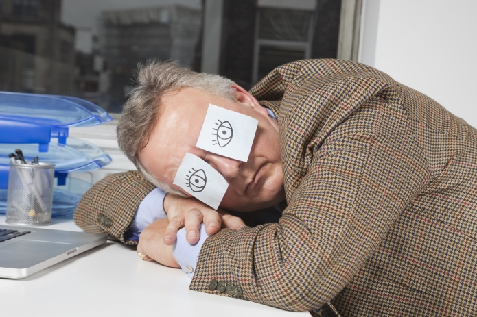6 Ways to nap at work