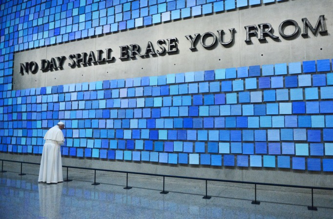 Pope Francis visits the 9/11 Memorial & Museum in New York City