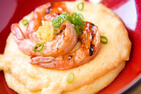 Tonight's Dinner: Corn grits with shrimp