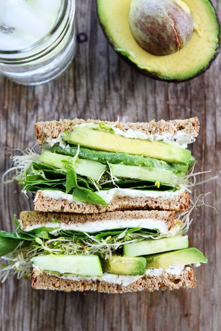 Sandwiches and Wraps for a Healthy Lunch | Cucumber and Avocado Sandwich