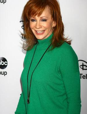 """Reba McEntire is """"thrilled"""" about Kelly"""