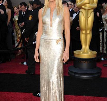 Oscar fashion: Gwyneth Paltrow, Sandra Bullock