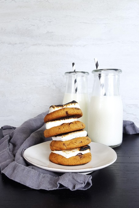 11 Toasted Marshmallow Recipes: Top your cookies with marshmallow