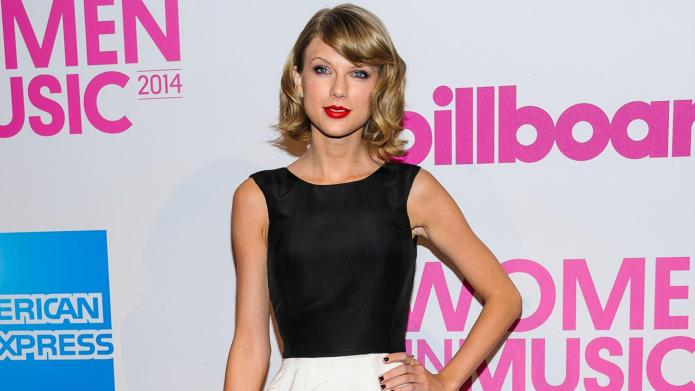 Taylor Swift stands up for musicians