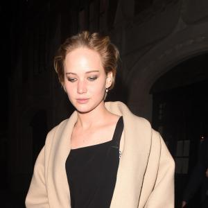 "VIDEO: JLaw ""engagement ring"" missing in"