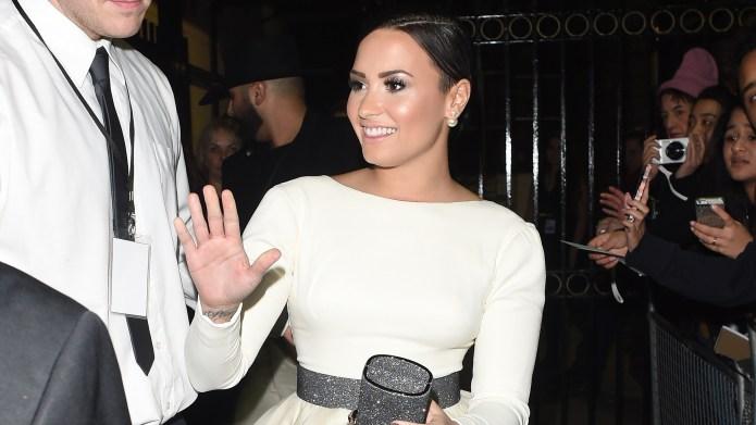 Demi Lovato shuts down ranting tattoo
