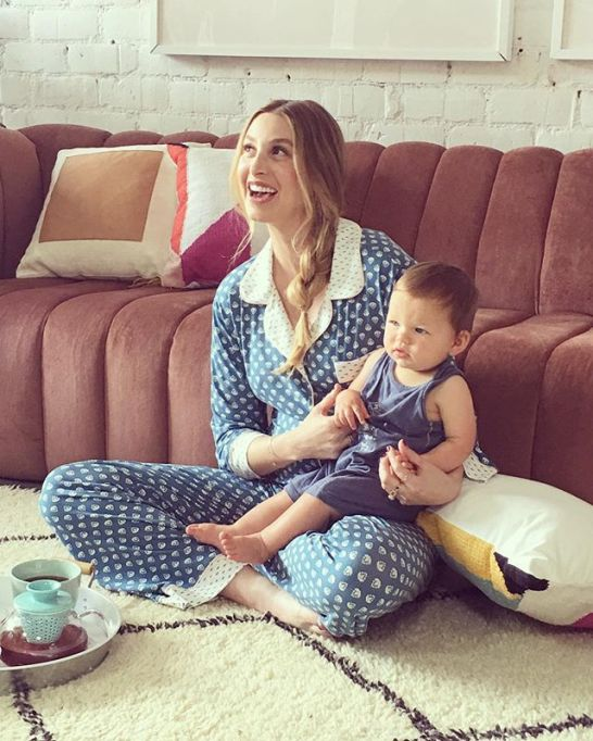Best Pregnant Celebrity Beauty Looks Ever: Whitney Port's Messy Side Braid And Dewy Skin | Celeb Style 2017