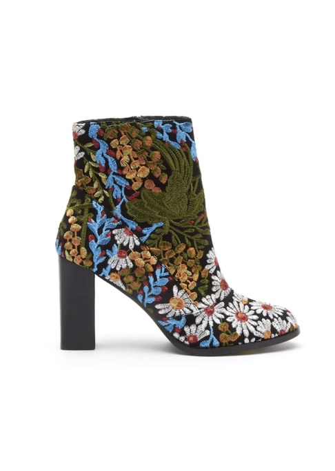 Fall Boots To Shop Before They Sell Out: Matisse Black Multi Boot | Fall Fashion Trends 2017