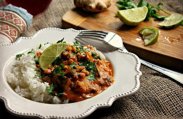 Eggplant pumpkin peanut curry