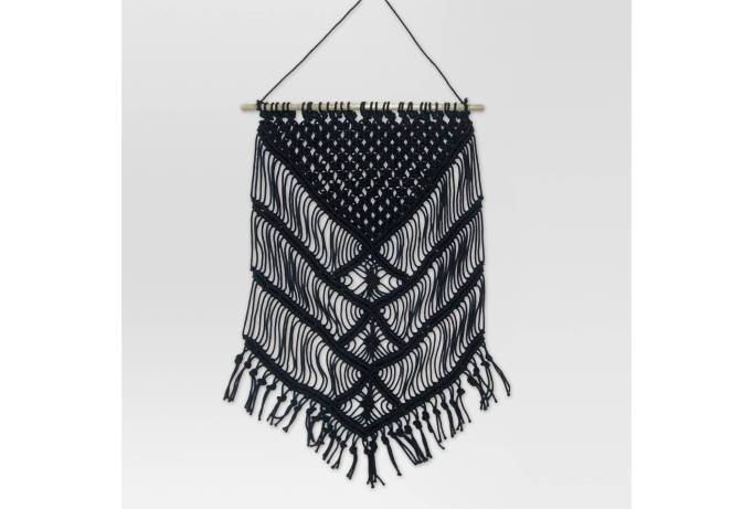 Modern Southwestern Decor: Macrame is totally in when it comes to Southwestern decor