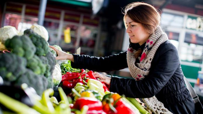 5 Ways to shop smarter and
