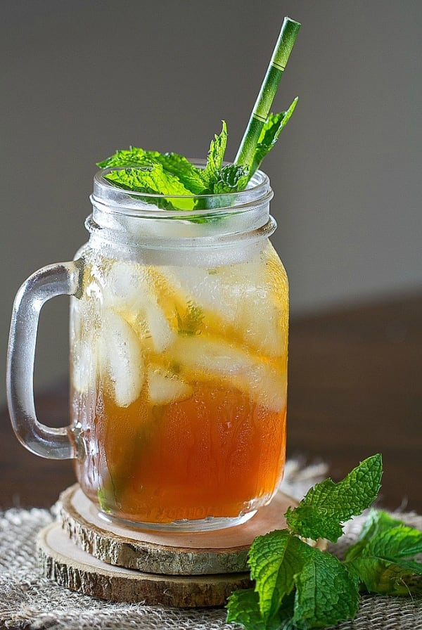 17 Iced Tea Cocktail Recipes To Cool You Down This Summer
