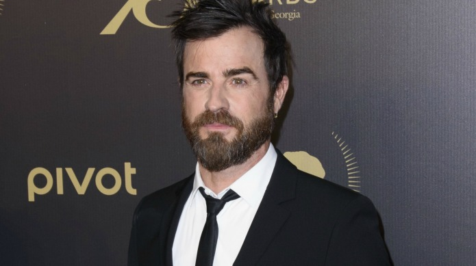We see you Justin Theroux, with