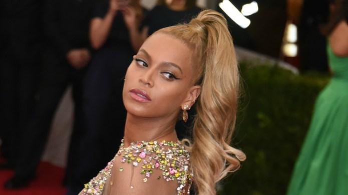 A photo of Beyoncé at Blue