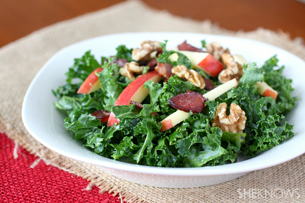 Kale, apple and bacon salad