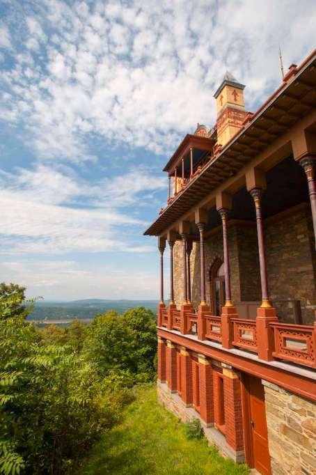 Best Kid-Friendly Hikes in the U.S. — hiking with kids in the Catskills, New York