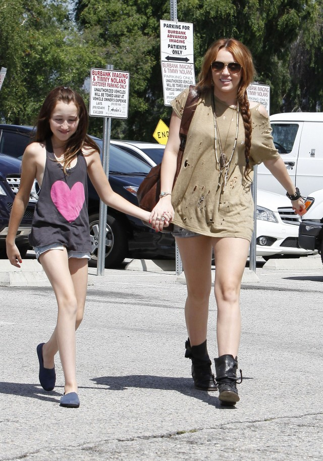 Young Miley and Noah in LA