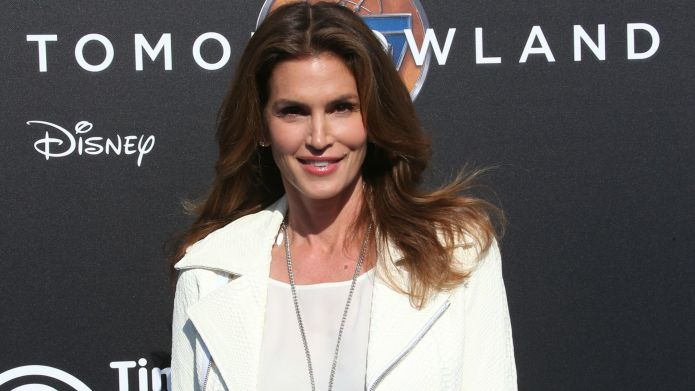 Cindy Crawford's topless pic slammed by