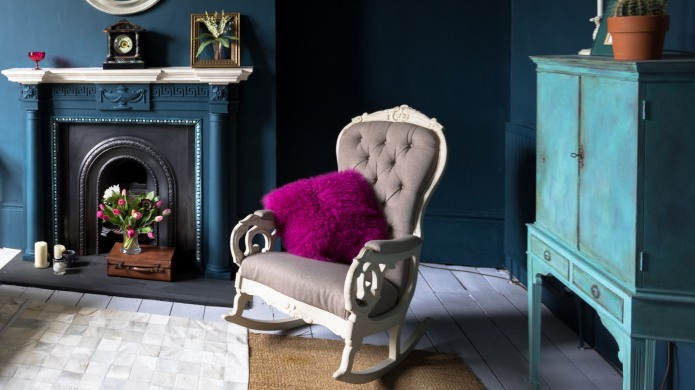 How to Spray-Paint Your Furniture Like