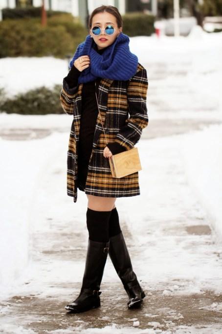 Ways to Wear an Infinity Scarf | Blue Infinity Scarf Plaid Coat