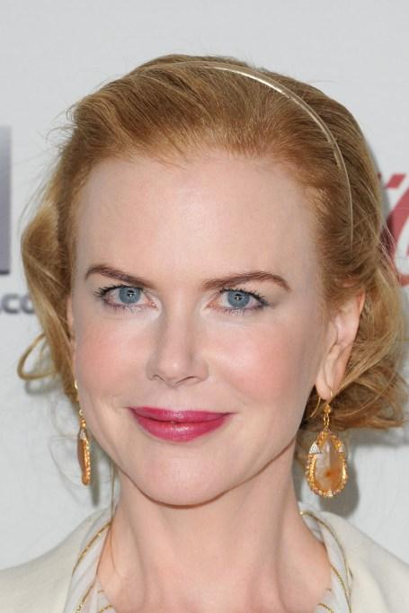Celebrity Inspired Ways To Wear A Headband | Nicole Kidman