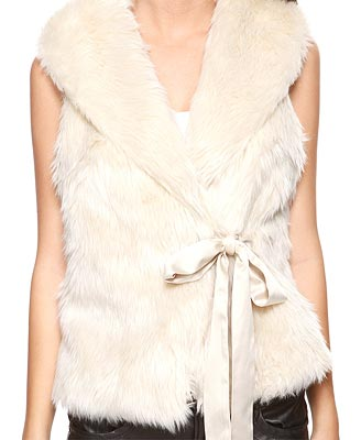 forever21-white-faux-fur-vest
