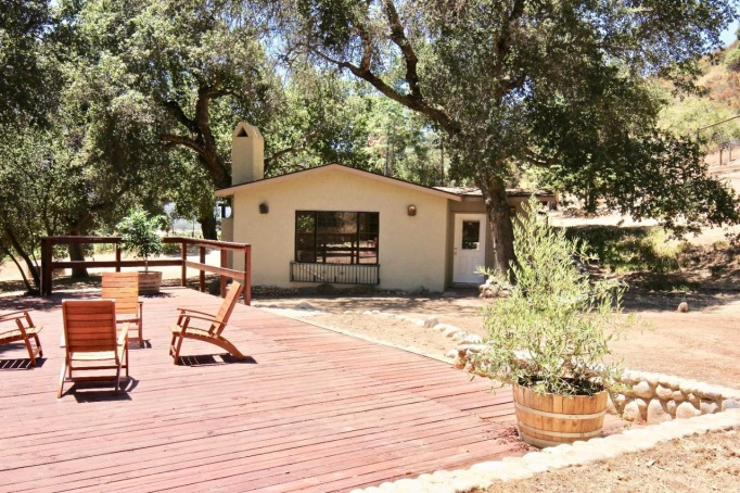 A $1,195,500 Tiny Home on a Vineyard in California