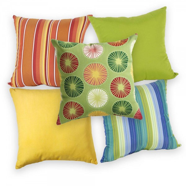 outdoor-pillows