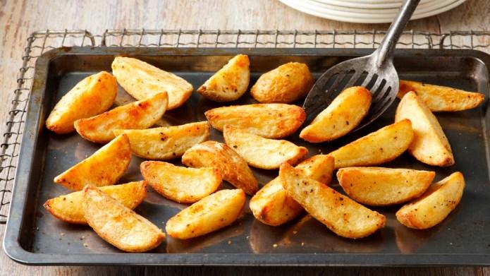 Seasoned potato wedges. Seasoned with salt