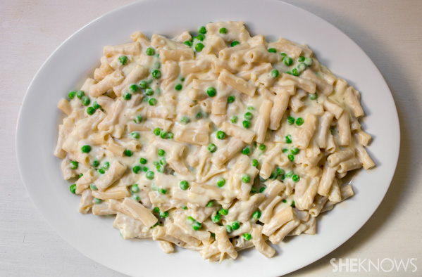 Creamy pasta and sweet peas