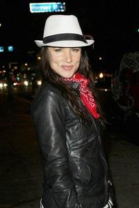 Juliette Lewis gets Firm role
