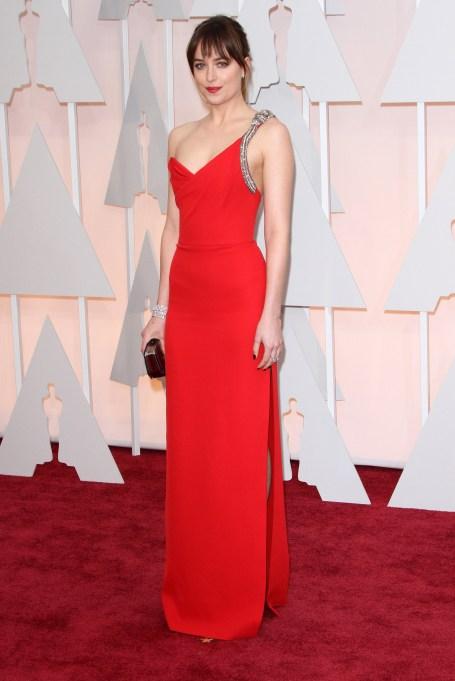 Dakota Johnson at the 2015 Oscars