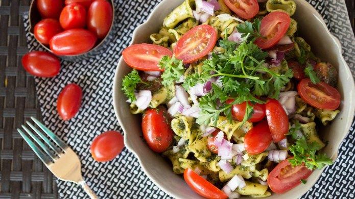 Kale pesto pasta salad
