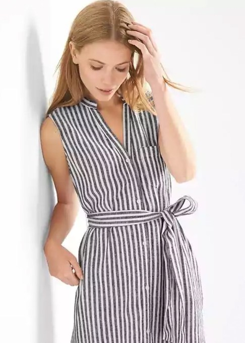 The Best Stores to Shop for Fashion Basics: Gap Linen Sleeveless Stripe Shirtdress | Summer style 2017