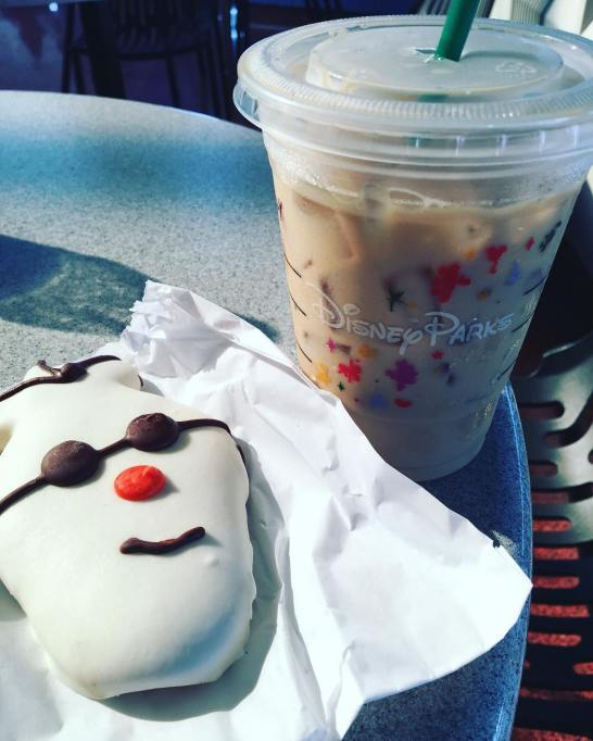 What to See, Do, Eat at Disney World This Winter: Snowman Cookie