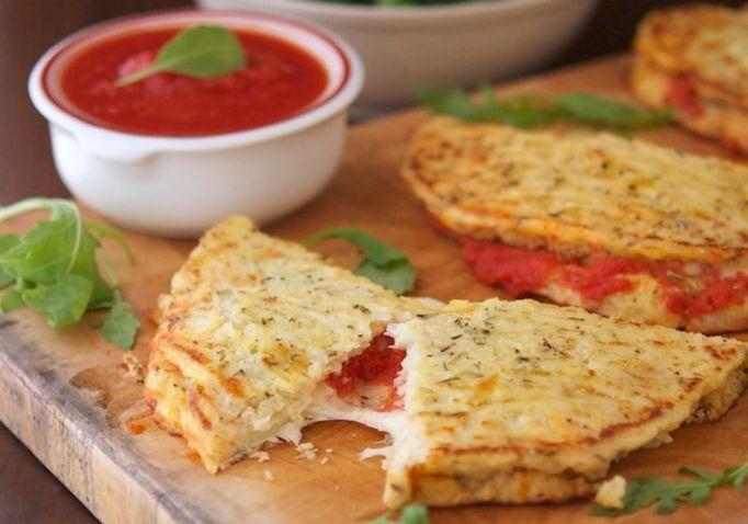 toddler-meals-cauliflower-crust-calzone