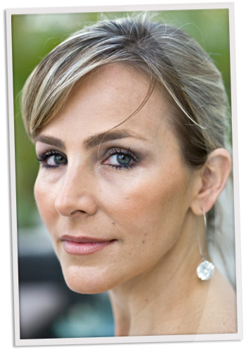 40s woman with eyeshadow
