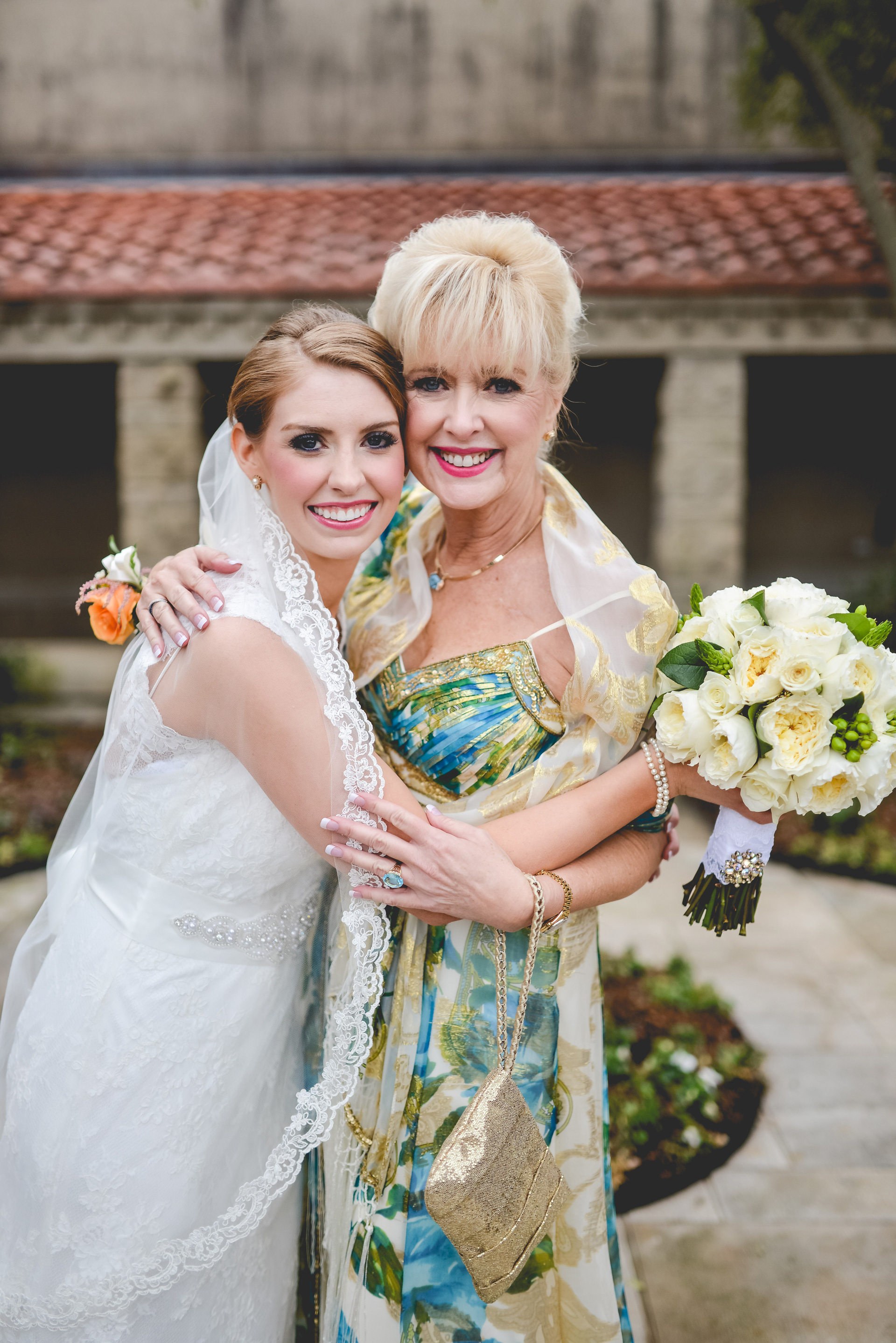 Woman living with terminal breast cancer fulfills lifelong dream
