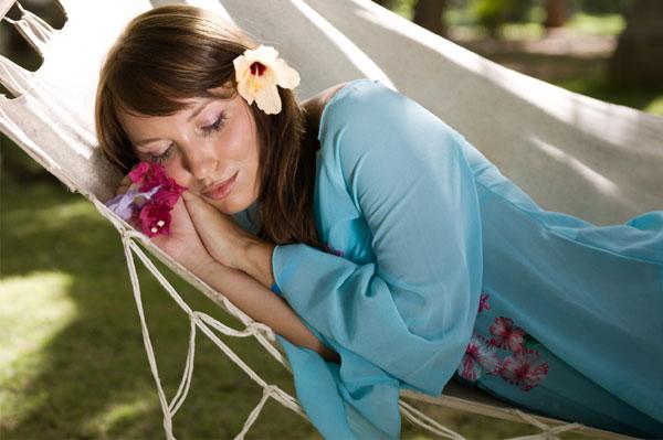 woman-resting-in-hammock