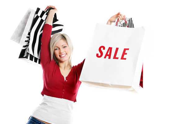 Woman shopping sales | Sheknows.com