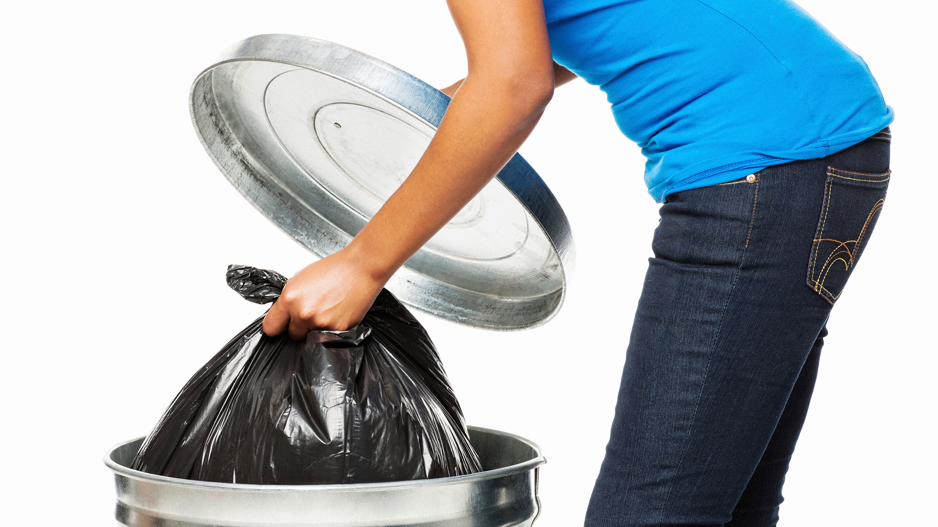 Woman taking care of garbage | Sheknows.ca