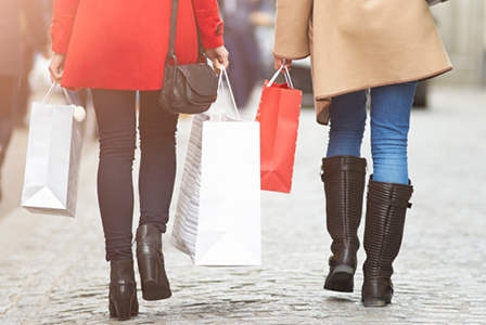 Women with shopping bags | Sheknows.com