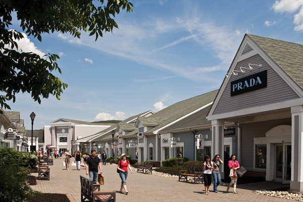 e040bba97a4 5 Outlet malls worth visiting – SheKnows