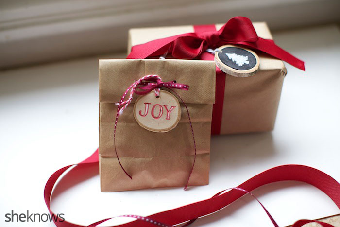 wooden ornament and gift tag DIY