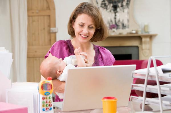 Working mom telecommuting