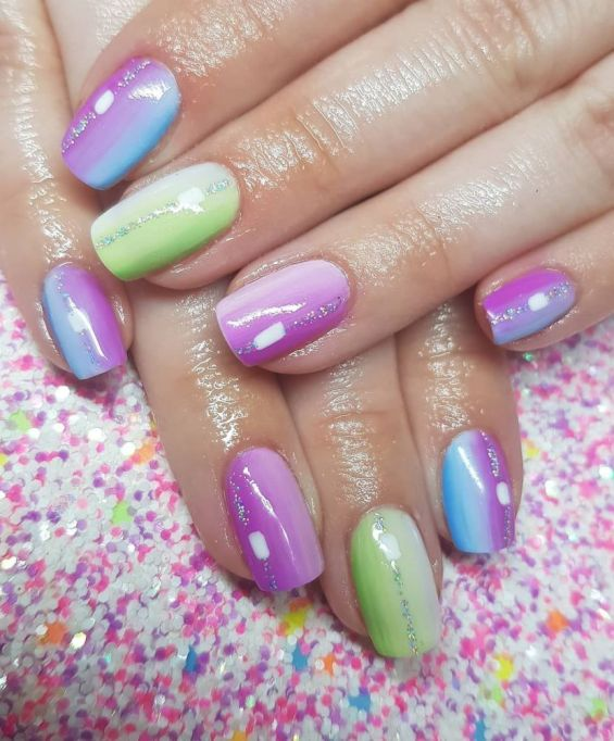 Ombré Rainbow Nail Art