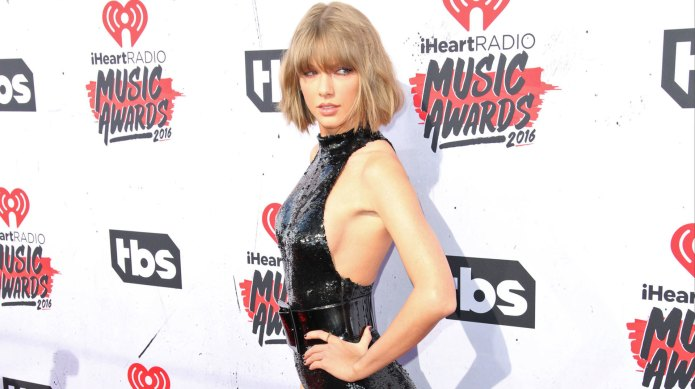 Taylor Swift shows us how she