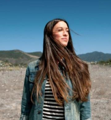 Alanis Morissette joins the Mommalogues